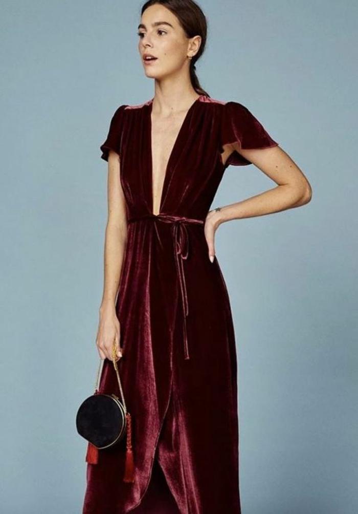 Chic idée s habiller pour aller en boite tenue soirée femme rouge robe en velours