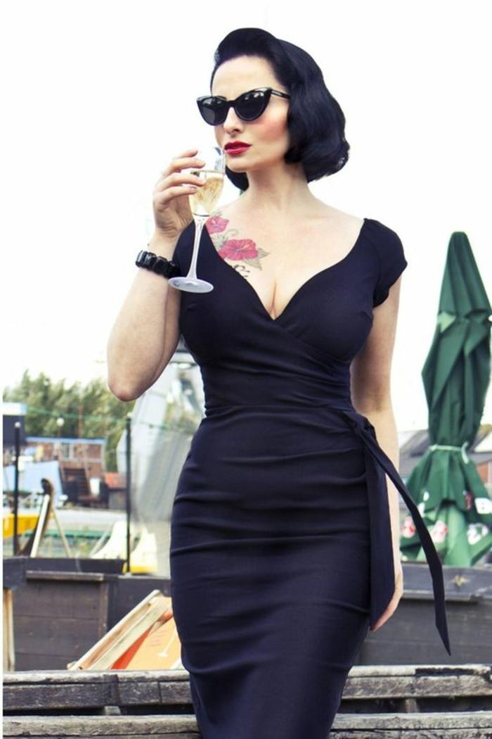 Tenue rockabilly femme robe seductrice femme chic tenue dita von teese