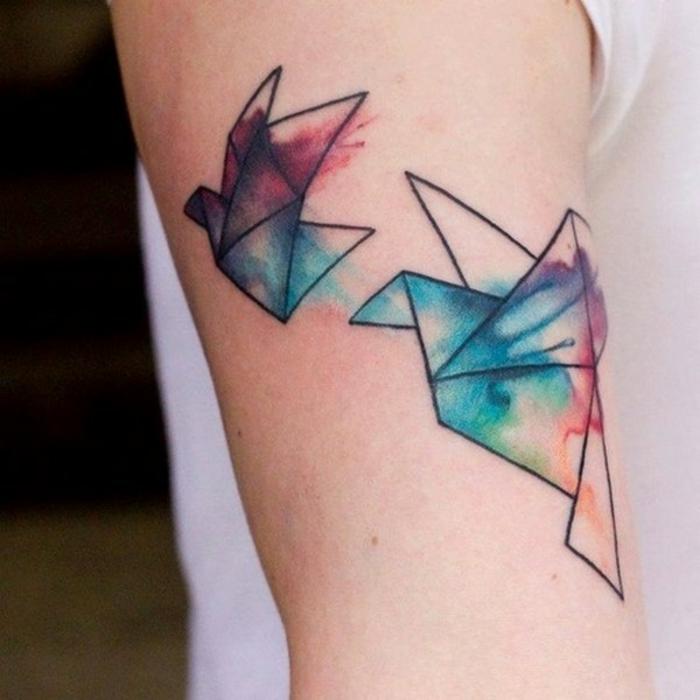 Petit tatouage femme oiseaux tatouage idée oiseau origami