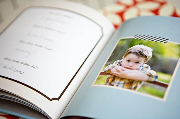 un album souvenirs, avec des photos et questionnaire intéressant pour papa, idée de cadeau fête des pères à fabriquer soi meme