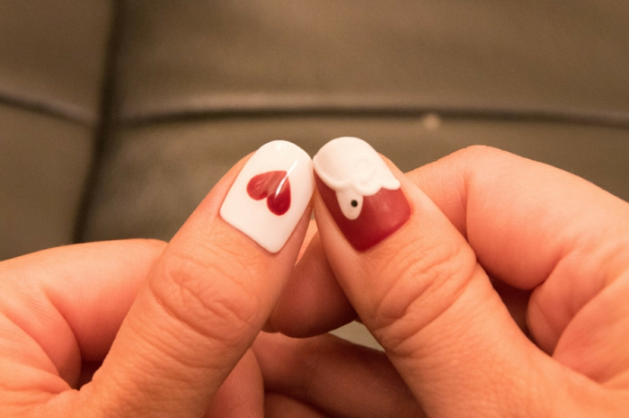comment avoir de beaux ongles, réaliser une manucure thématique, amour, cœur sur les ongles