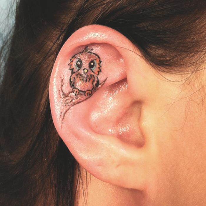 Idée tatouage lobe oreille signification tattoo fleur hiboux