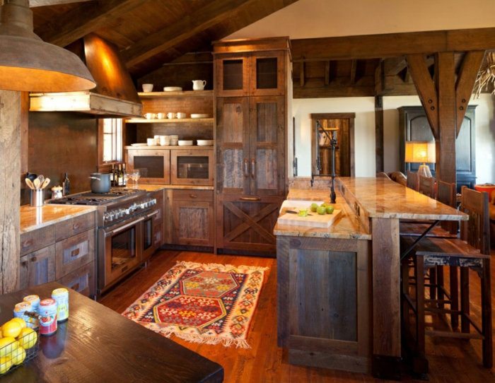 cuisine équipée, tapis multicolore, parquet en bois, plafond blanc, modele de cuisine, tasses de café blanches