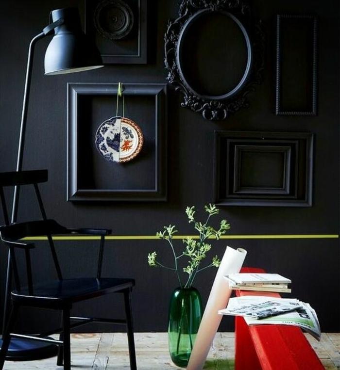 comment faire un mur de cadres photos maison design. Black Bedroom Furniture Sets. Home Design Ideas