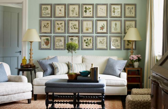 deco mur, canapé blanc, cadre rectangulaire, porte en bois, grande fenêtre, murs vert pastel, coussins décoratifs
