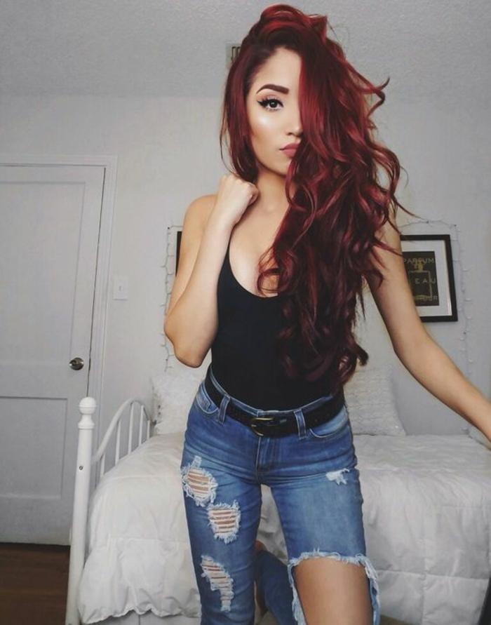 Cheveux couleur bordeaux couleur de cheveux bordeau idée