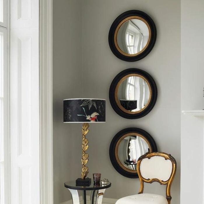 miroir de sorcière définition 3 avec des cadres en noir et en couleur or