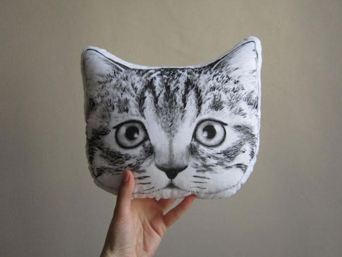 coussins en forme tete de chat original housse oreiller chats