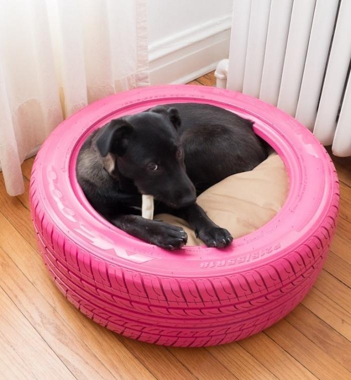 niche chien diy pneu voiture lit pour chien chiot