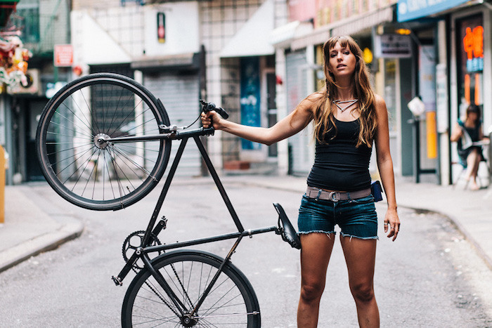 vélo femme fixie singlespeed noir frein vitesse cadre noir hipster