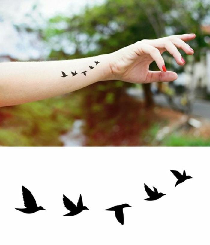 Tatouage Femme Avant Bras Oiseaux Tuer Auf