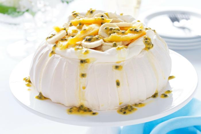 comment préparer un dessert australien meringué, pavlova aux fruits exotiques