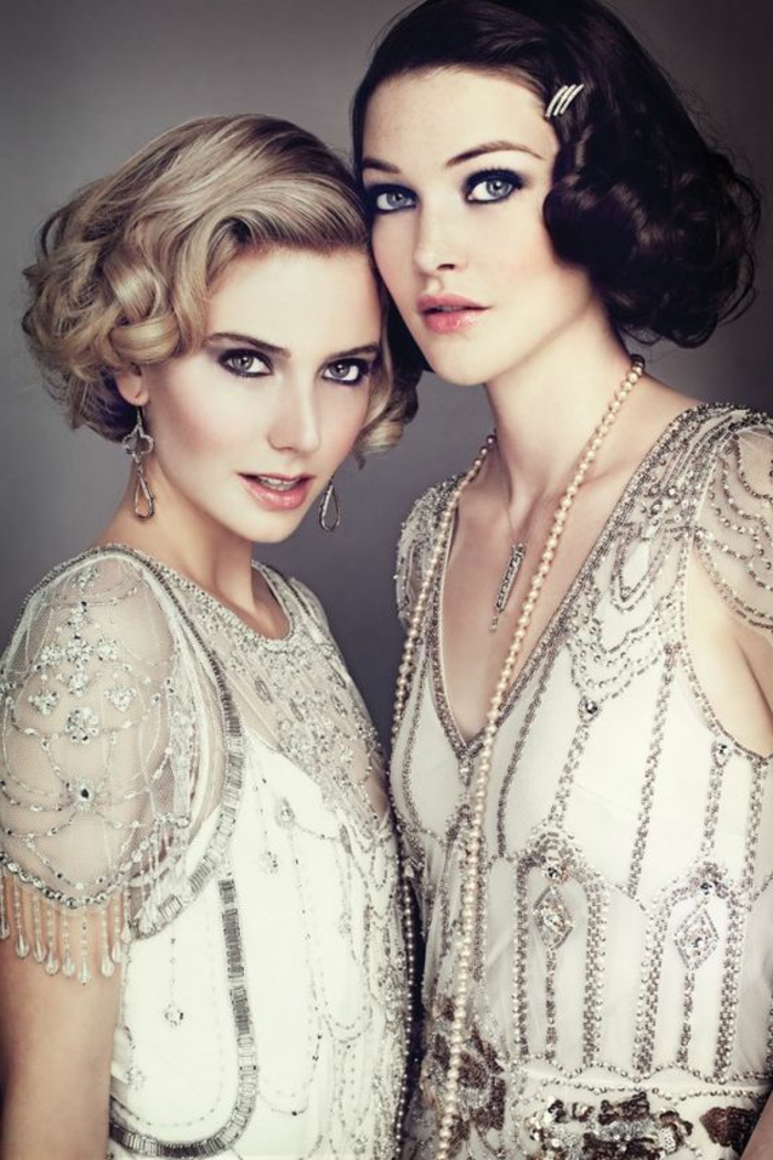 robe gatsby, robe des années 20, décolletés en v, robes semi transparentesn coiffures vintage chic