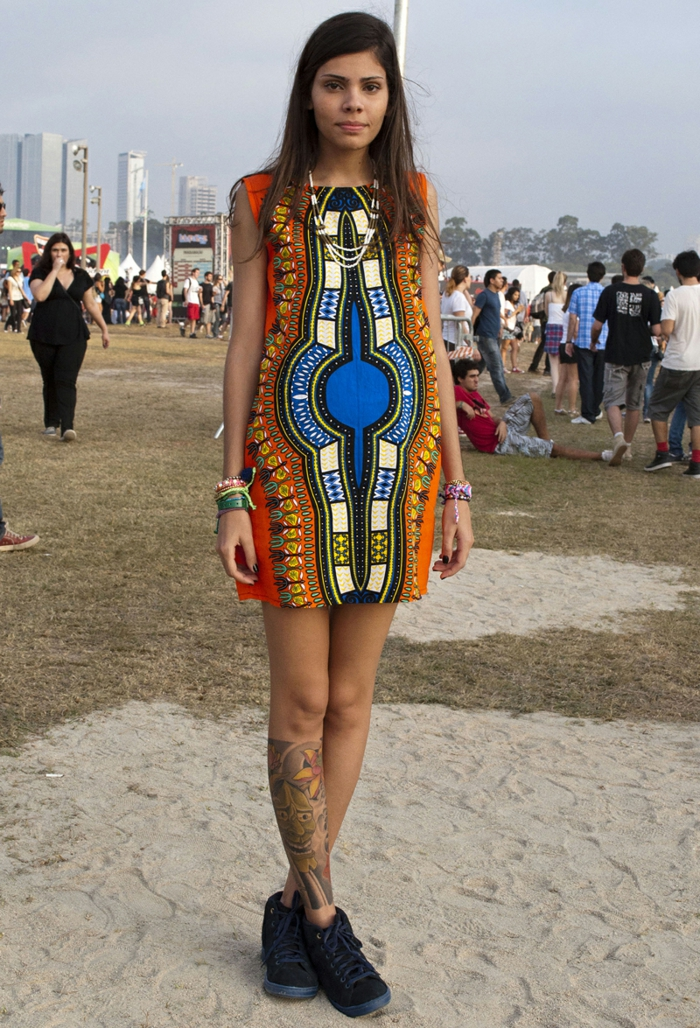 comment porter les vêtements ethniques de façon chic, robe tunique aztèque