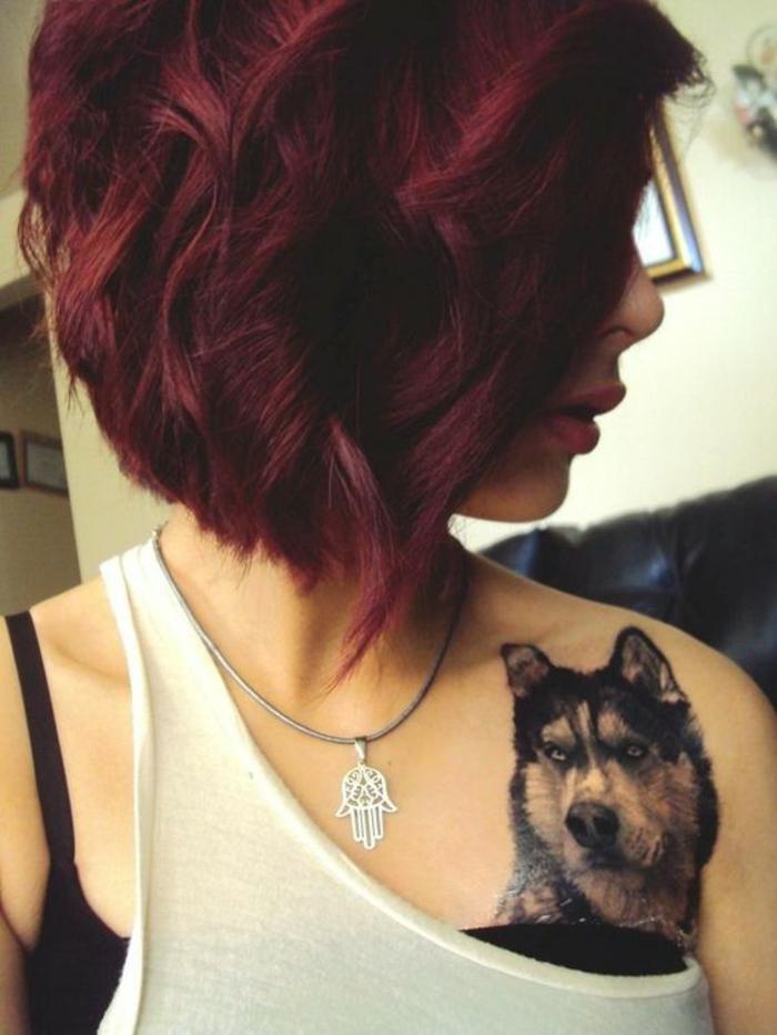 Idée couleur de cheveux bordeau belle coiffure carré coiffure