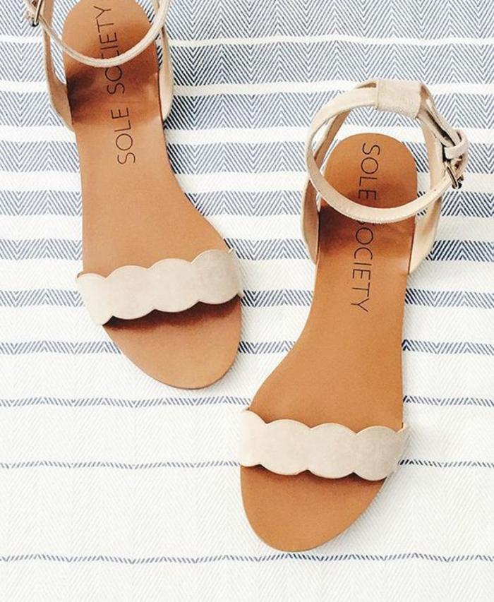 sandale femme couleur crème élégant et con fortable avec talons plats