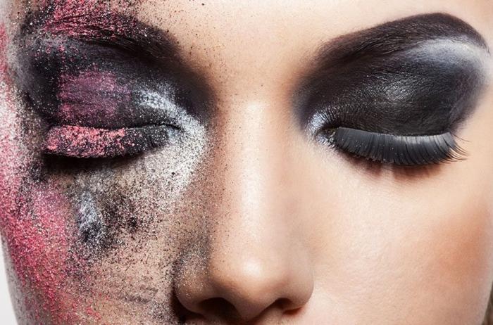 maquillage de tous les jours, fard à paupières, fond de teint pêche, faux cils noirs
