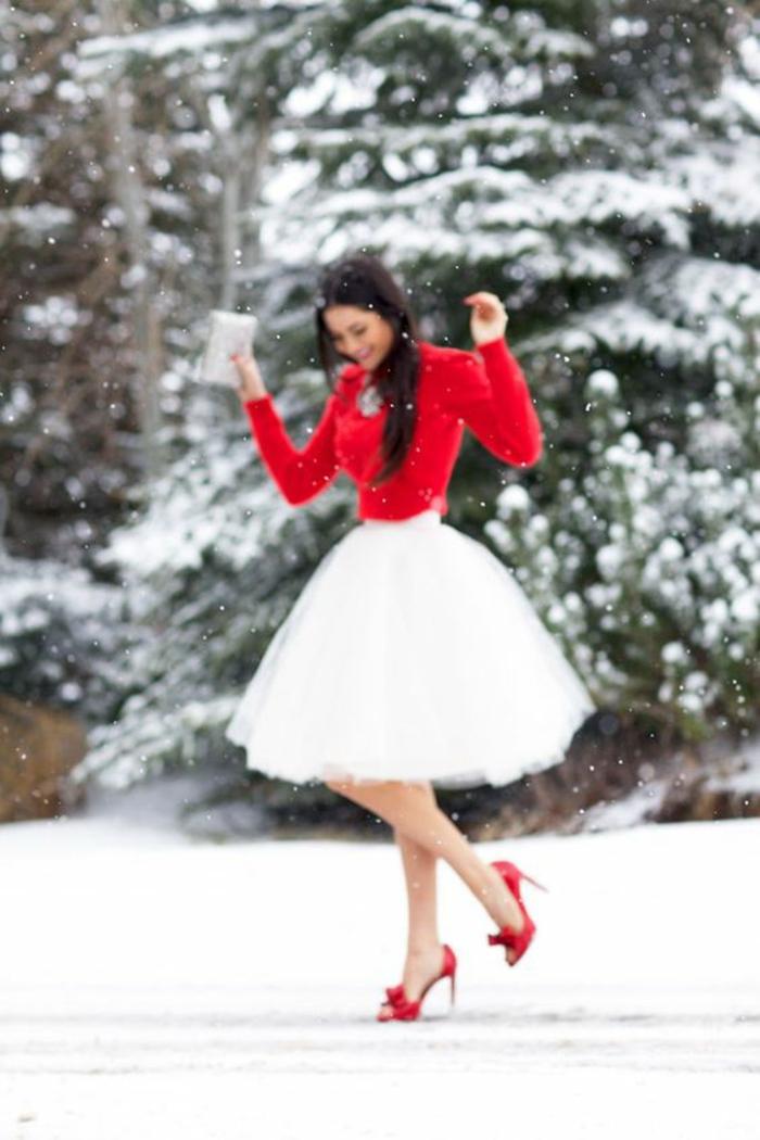 Idee tenue classe femme tenue du jour rouge et blanc hiver