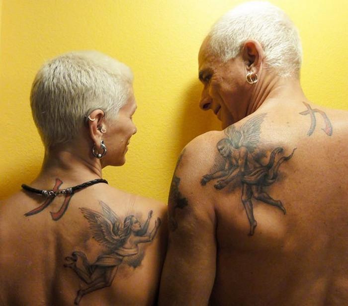 tattoo amoureux couple tatouage ange épaule homme femme