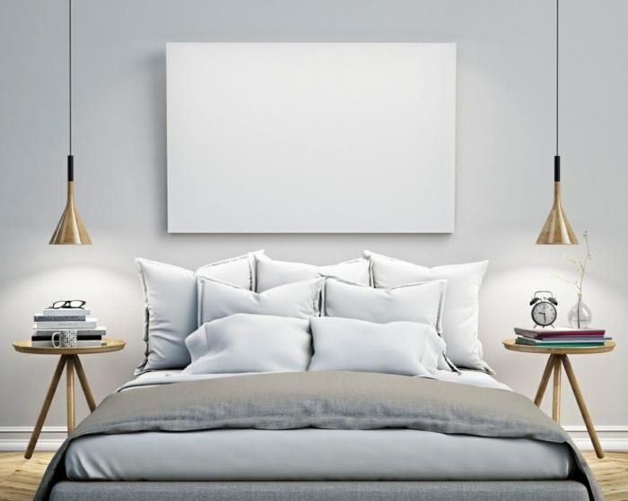 une chambre à coucher bleu gris pâle, intérieur monochrome élégant, une suspension chevet scandinave en bois naturel et métal noir