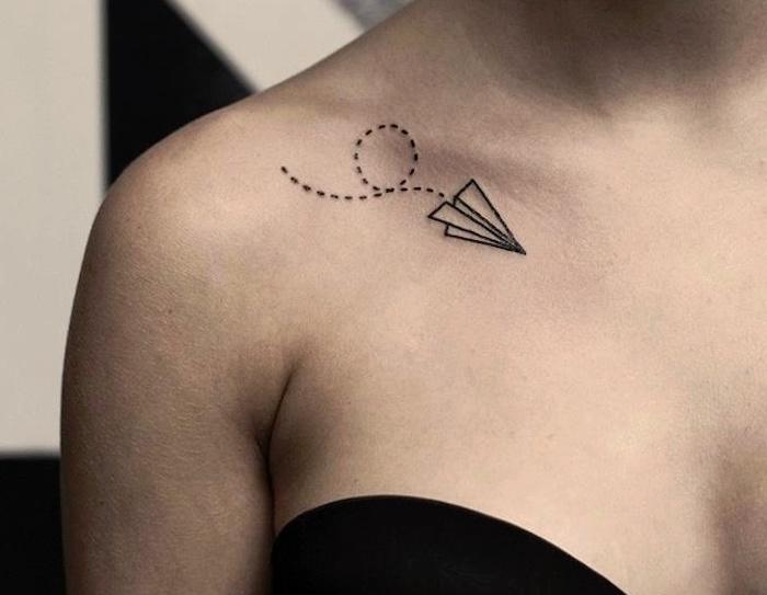 tatouage femme epaule clavicule | tuer auf