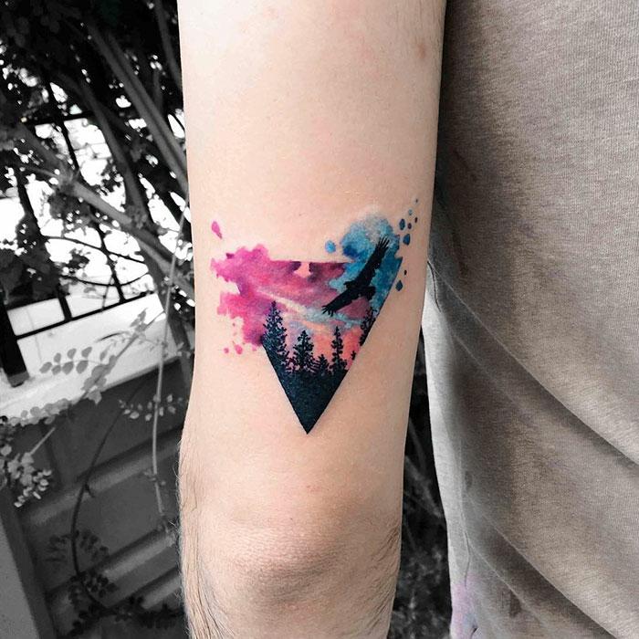 Le tatouage oiseau signification tatouage oiseau homme cool idée hipster tatouage coloré