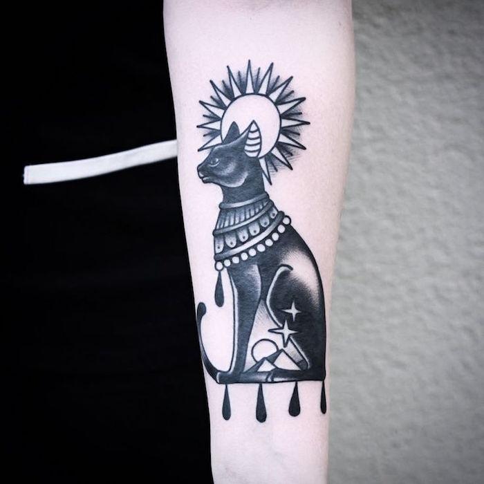 dessin patte de chat tattoo egyptien sphinx bras dieu egypte
