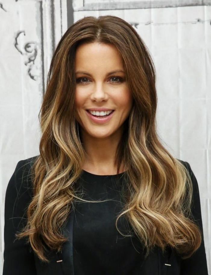 quel balayage pour des cheveux chârtain, comment réussir sa coloration blonde sur brune