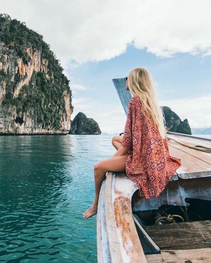 Vetement hippie belle femme bien habillée tenue belle a la mer