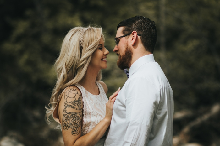 Amour idée tatouages femme tatou femme épaule tatoué fleurs tatouage femmes