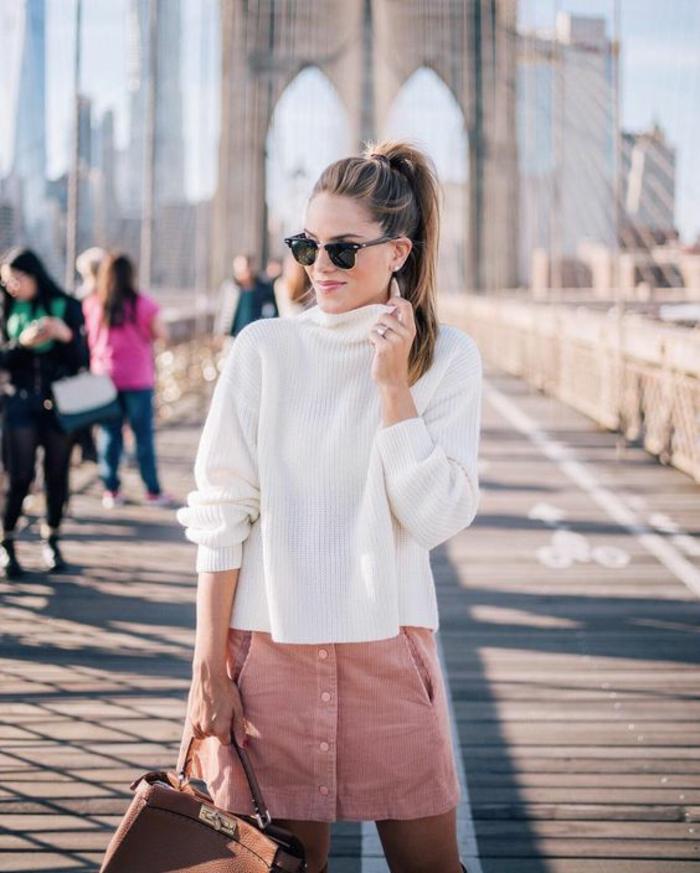 Look pour la rentrée tenue swag pour le collège tenue jupe rose velours