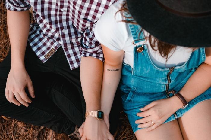 Tatouage fin amour pour couple idée modele tatoo femme cool