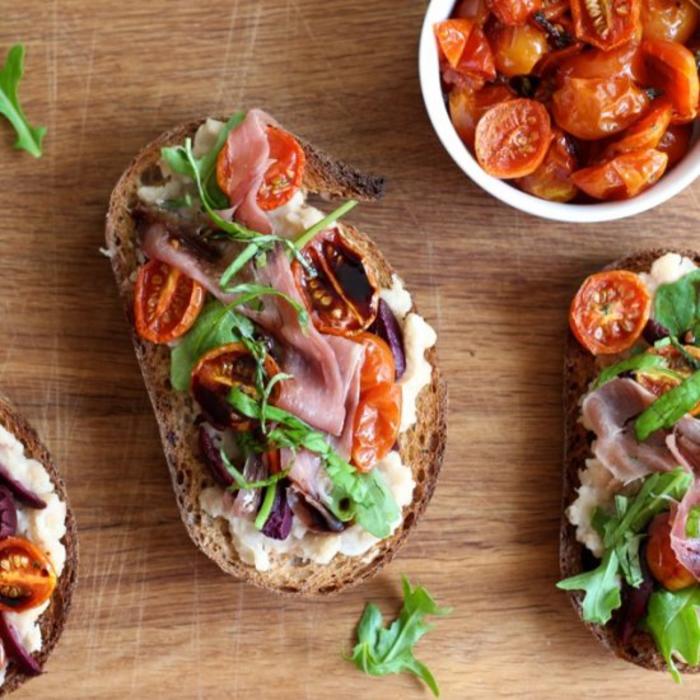 recette délicieuse aux tomates, à la ricotta, fromage rocotta et sauge