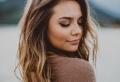 Le balayage caramel – colorations magnifiques pour tous les types de cheveux
