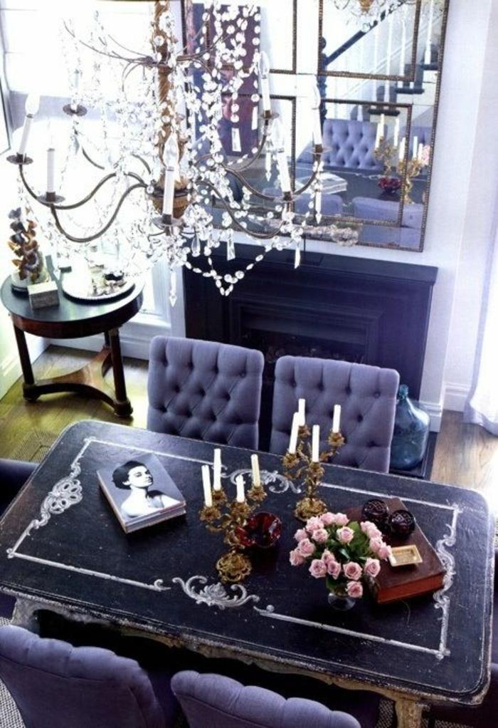 meuble baroque en noir et blanc couleur lavande ambiance romantique douce