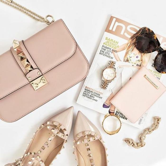 Pochette lacoste femme ou pochette longchamp femme valentino chaussures iconiques beauté rose pale accessoire