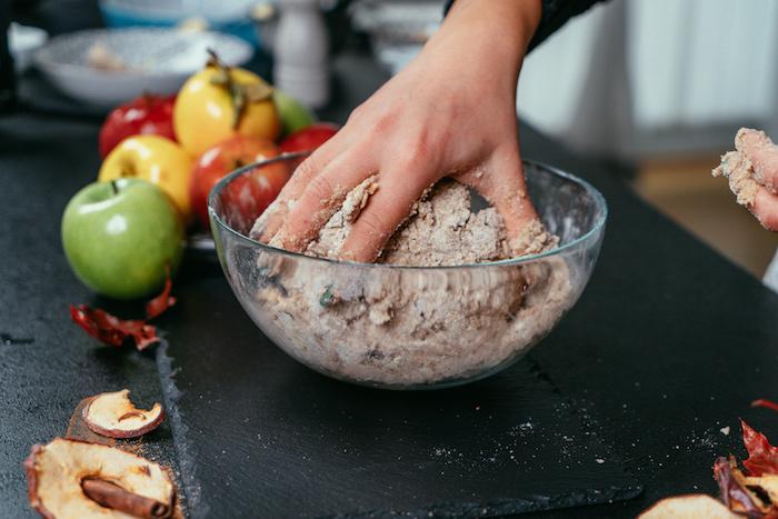 menu équilibré constitué de dessert sans gluten avec pate tarte sans gluten facile a faire
