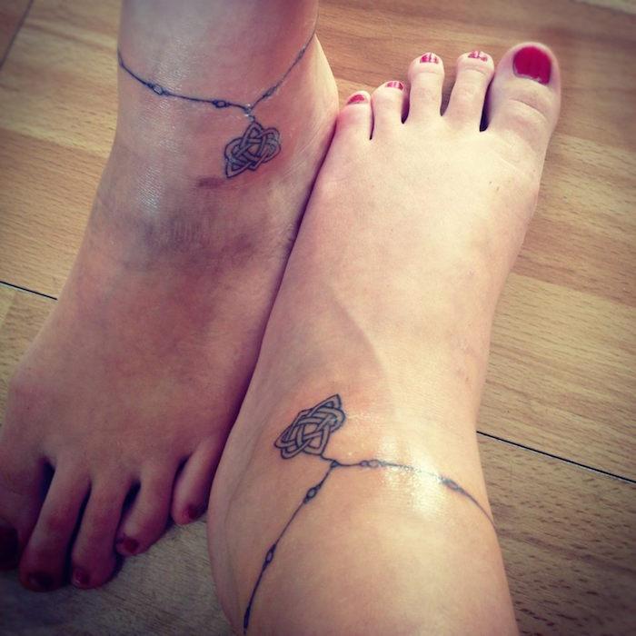 tatouage tour de cheville tattoo tatouages amitié en commun pied