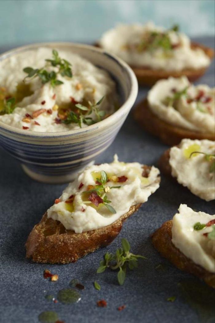 recette de tartine italienne revisitée à la purée d'haricots blancs