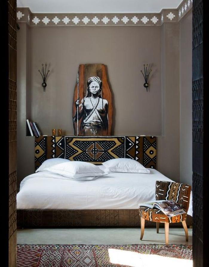 une chambre à coucher couleur taype de style africain, déco ethnique chic aux motifs tribaux