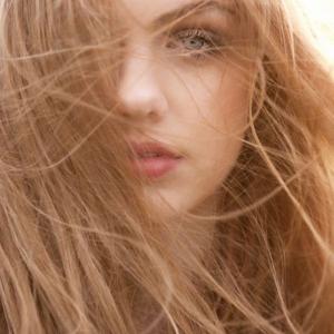 80 nuances de blond vénitien pour illuminer le visage