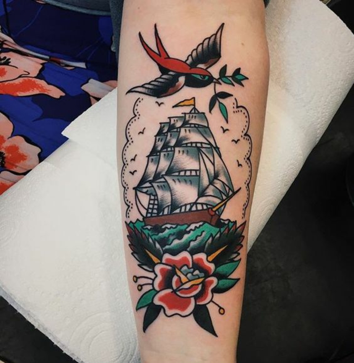 1001 id es pour le tatouage old school qui vous va merveille - Signification tatouage chouette ...
