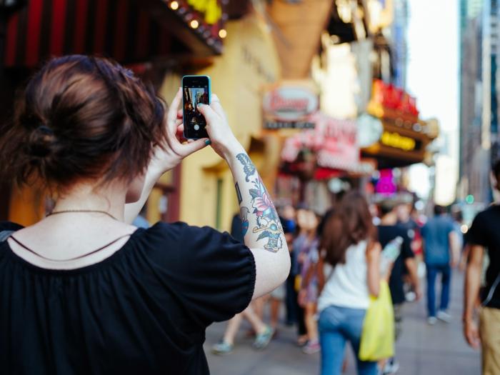 Petit tatouage femme tatoo femme modele pour tatouage se tatouer la main femme