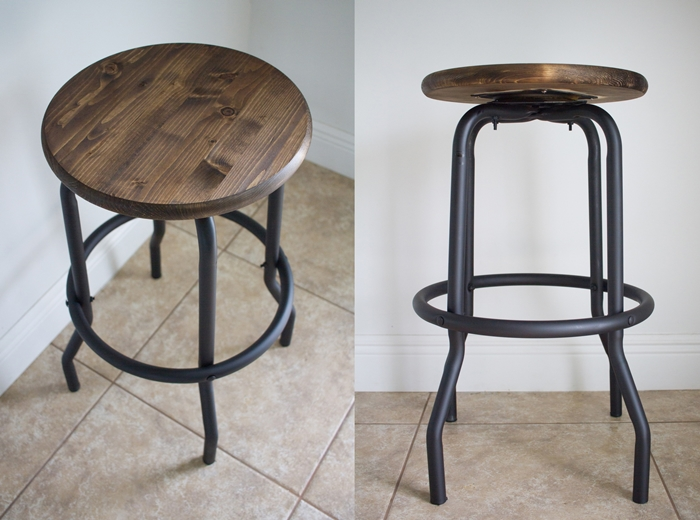 chaise industrielle, tabouret en bois et fer, carrelage beige, projet diy, idee deco industrielle, meuble noir et bois