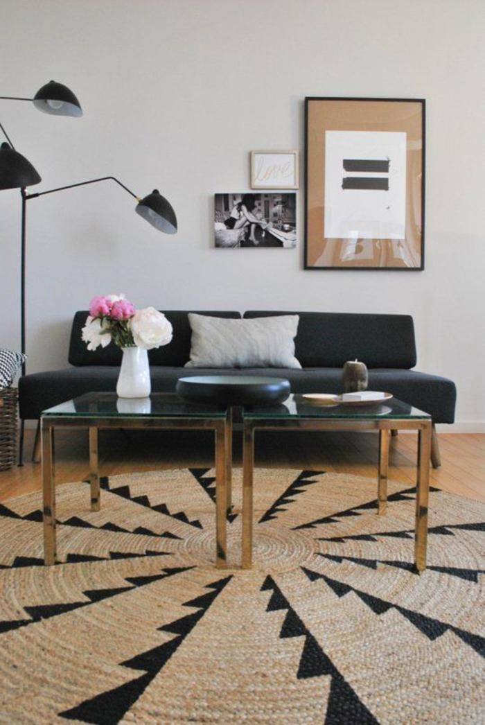 joli tapis rond en sisal à motif géométrique ethnique, comment adopter le style ethnique chic dans un intérieur contemporain
