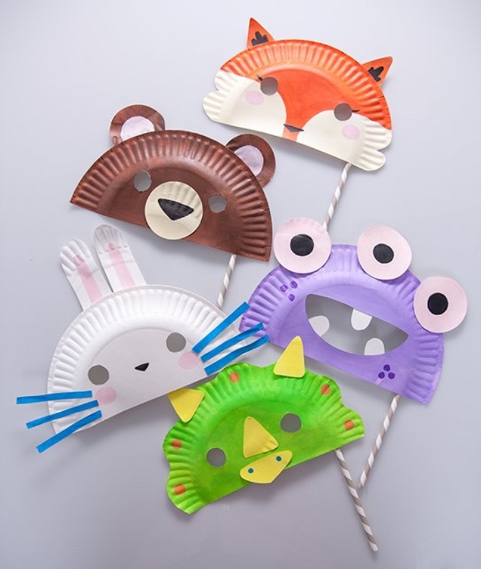 masque animal en assiette en papier, renard, lapin, poulet, monstre, ourson, traits de visage en papier, bricolage enfant facile