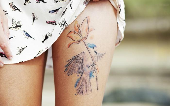Signification tatouage mandala seins tatoues admirable oiseau et fleur coloré tatouage
