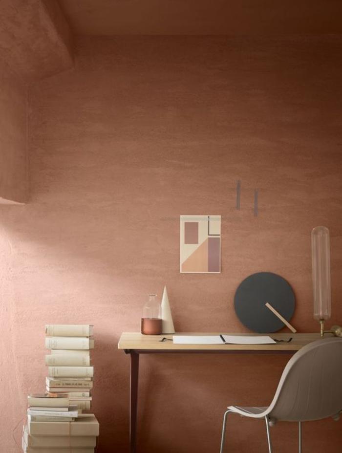 un espace bureau au design scandinave aux nuances de la couleur terracotta