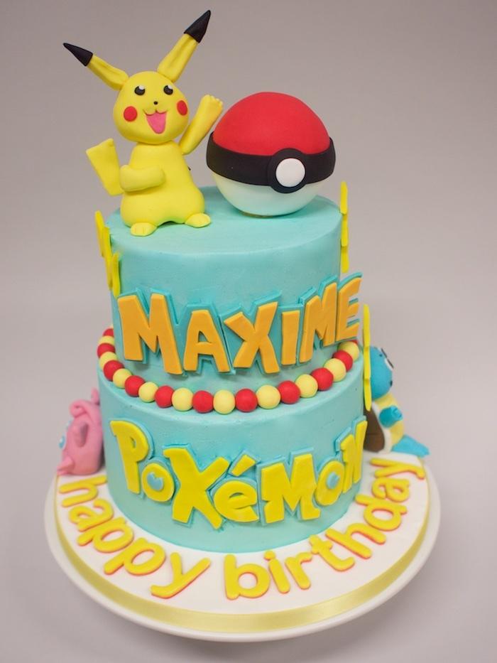 recette de gateau, comment faire un gateau, décoration pokémon, figurine pikachu, pokéball, glaçage turquoise