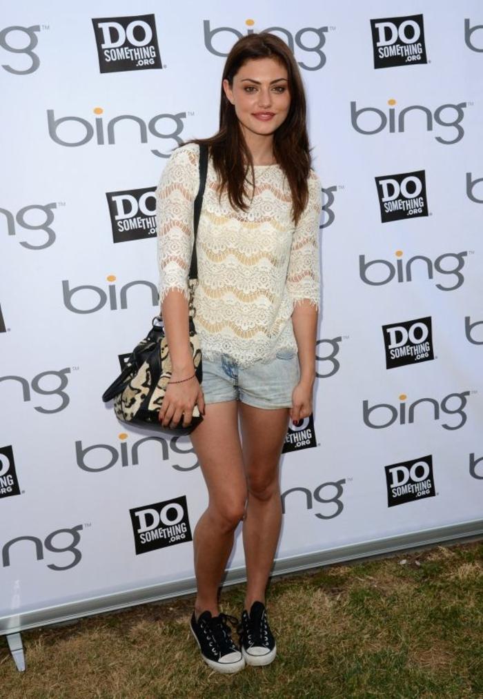 Look pour la rentrée tenue swag pour le collège tenue belle Phoebe Tonkin